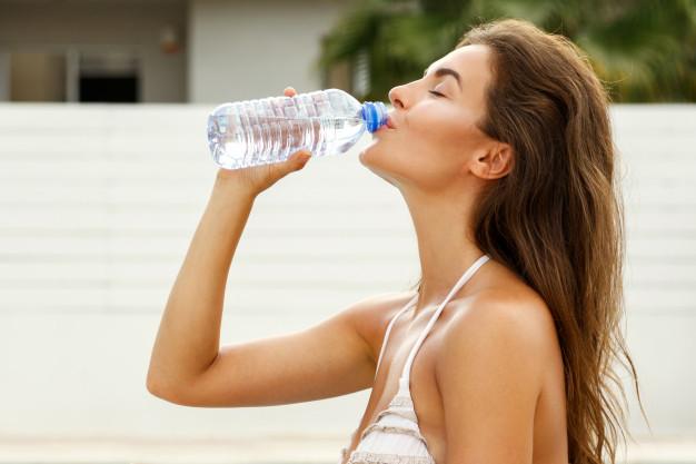 ดื่มน้ำอย่างไรให้พอดี